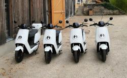 Des scooters à disposition à la Maison du Parc